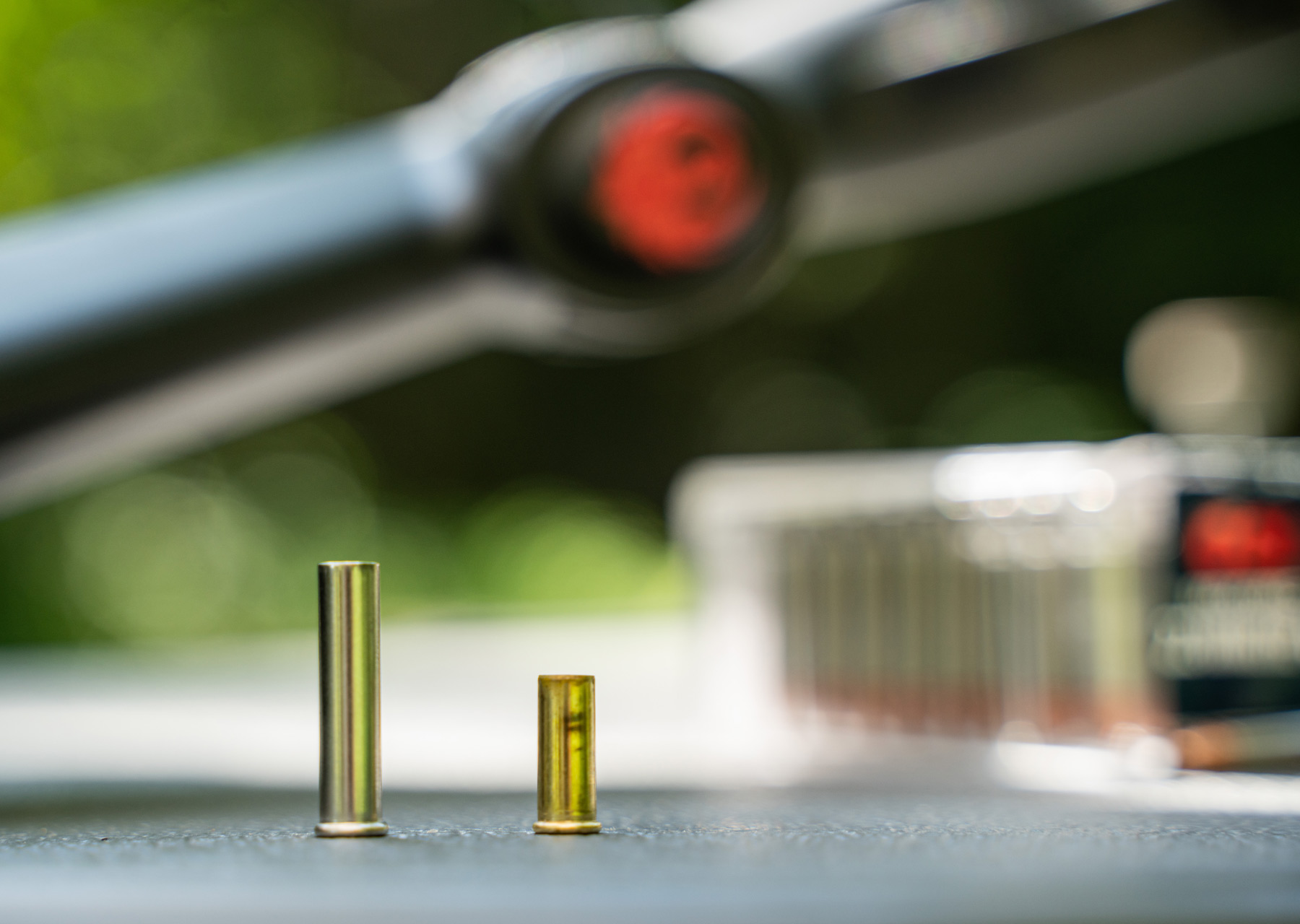 case size difference of 22 wmr vs 22lr